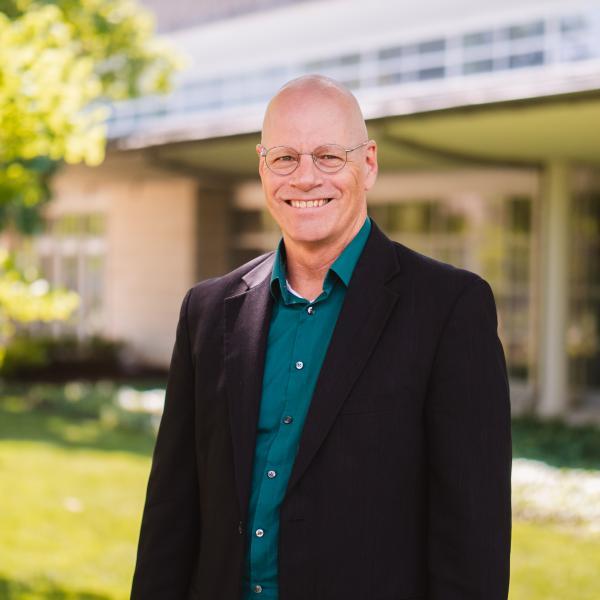 Moeller to receive Cope Scholar Award